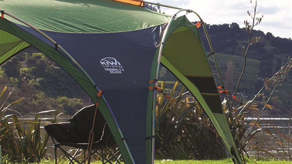 The Savanna Deluxe shelters have an external frame for added stability in New Zealand conditions.