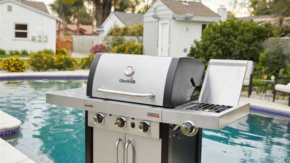 Char-Broil are one of America's leading barbecue brands. They offer patented Tru-Infrared cooking, which grills meat that is up to 50% juicier! This is the [Commercial 3 Burner Grill](https://www.charbroil.co.nz/products/commercial-3-burner)